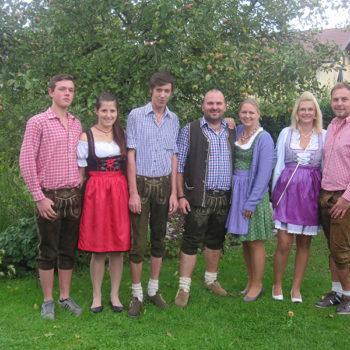 Team Apfelbeck auf dem Gäubodenfest 2014